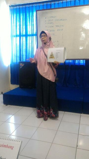 Training for Presenter Griya Ceria, Makassar