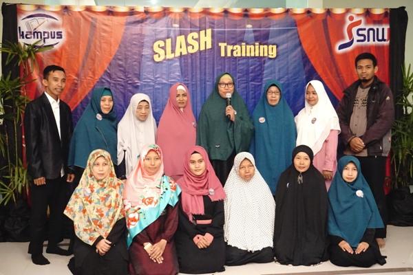 slash Training Makasar